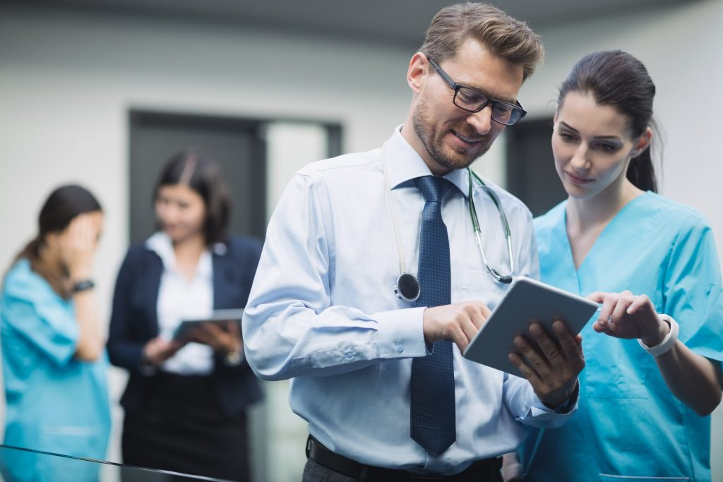 What Are The Advantages And Disadvantages of EHRs?